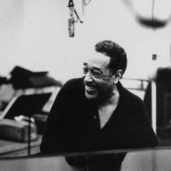 Duke Ellington, Sophisticated Lady, Piano, Vocal & Guitar (Right-Hand Melody)
