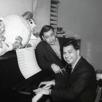 Sherman Brothers, The Wonderful Thing About Tiggers, Piano, Vocal & Guitar (Right-Hand Melody)