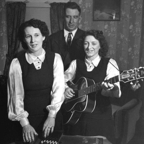 The Carter Family, Worried Man Blues, Piano, Vocal & Guitar (Right-Hand Melody)