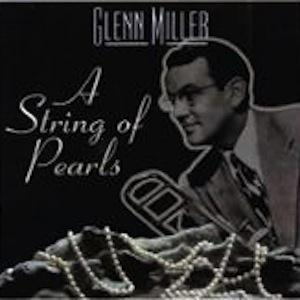 Eddie DeLange, A String Of Pearls, Piano, Vocal & Guitar (Right-Hand Melody)