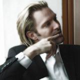 Eric Whitacre, Her Sacred Spirit Soars, SSSSAATTBB