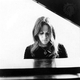 Carole King, An Uncommon Love, Piano, Vocal & Guitar (Right-Hand Melody)