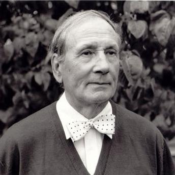 Geoffrey Bush, Comodo - 1st movement of Sonatina for Piano, Piano Solo