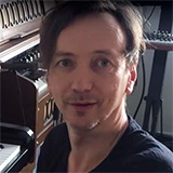 Download Hauschka 'Glück (Theme)' Printable PDF 4-page score for Classical / arranged Piano Solo SKU: 120820.