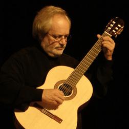 Download or print Jorge Cardoso Vals Venezolando Sheet Music Printable PDF 5-page score for Classical / arranged Solo Guitar SKU: 119882.