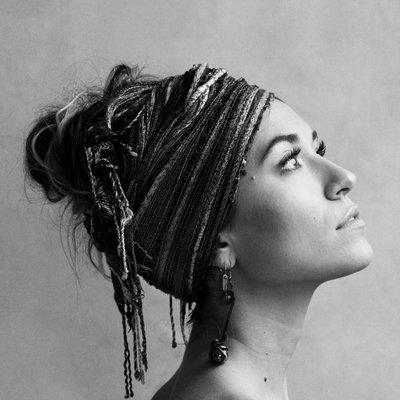Easily Download Lauren Daigle Printable PDF piano music notes, guitar tabs for Big Note Piano. Transpose or transcribe this score in no time - Learn how to play song progression.