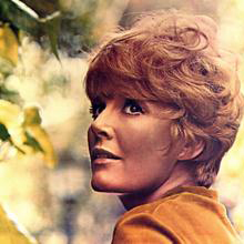 Download Petula Clark 'Look To The Rainbow' Printable PDF 3-page score for Film/TV / arranged Piano & Vocal SKU: 52785.