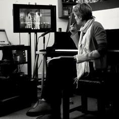 Download Rachel Portman 'Passage Of Time/Vianne Sets Up Shop (from Chocolat)' Printable PDF 4-page score for Film/TV / arranged Cello Solo SKU: 106168.
